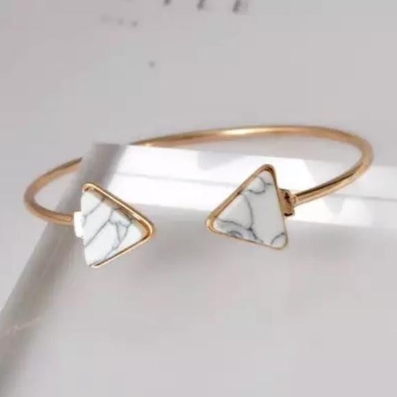 Jewelry - Gold Filled Marble Arrow Bracelet